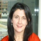 Clare Davis LinkedIn Portrait